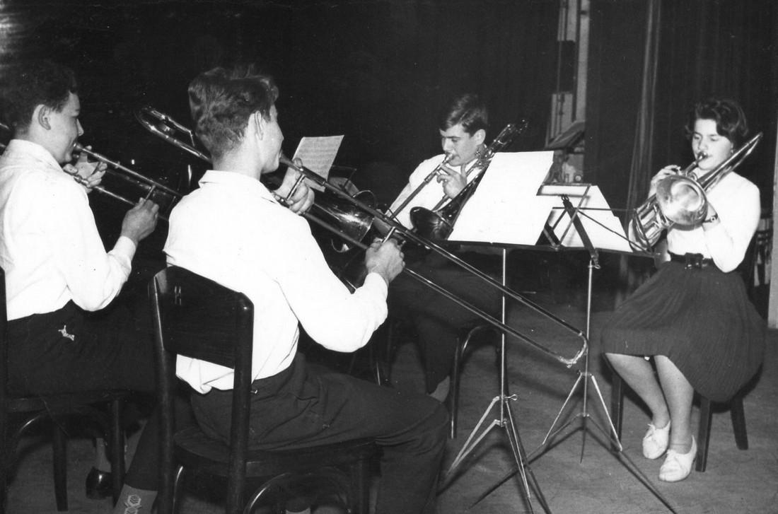 Zľava Pavel Kolan, Marián Nepela. Beáta Leukaničová, Peter Schonberg